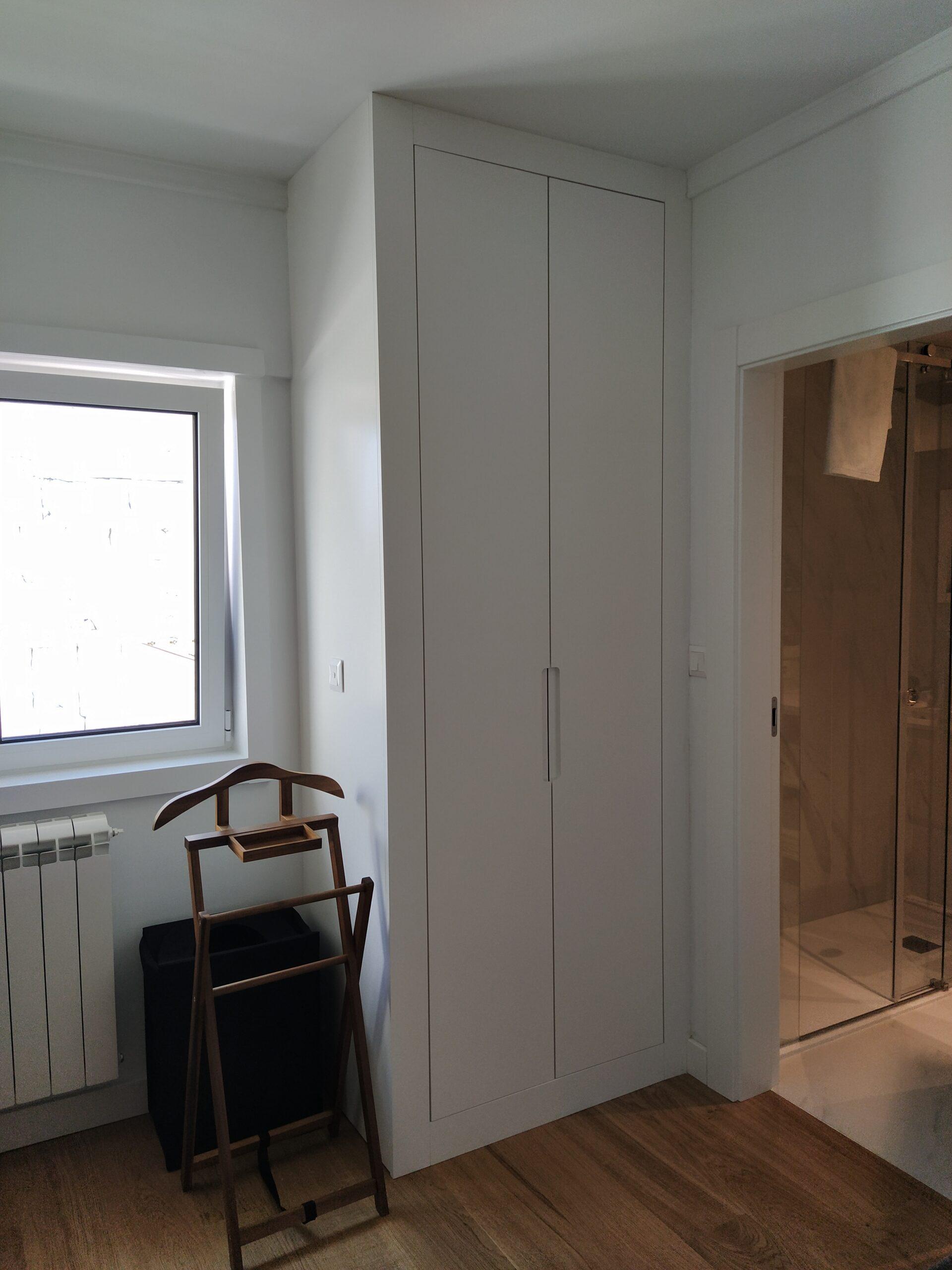 Roupeiro Lacado Branco 10% (Lisboa) (3)